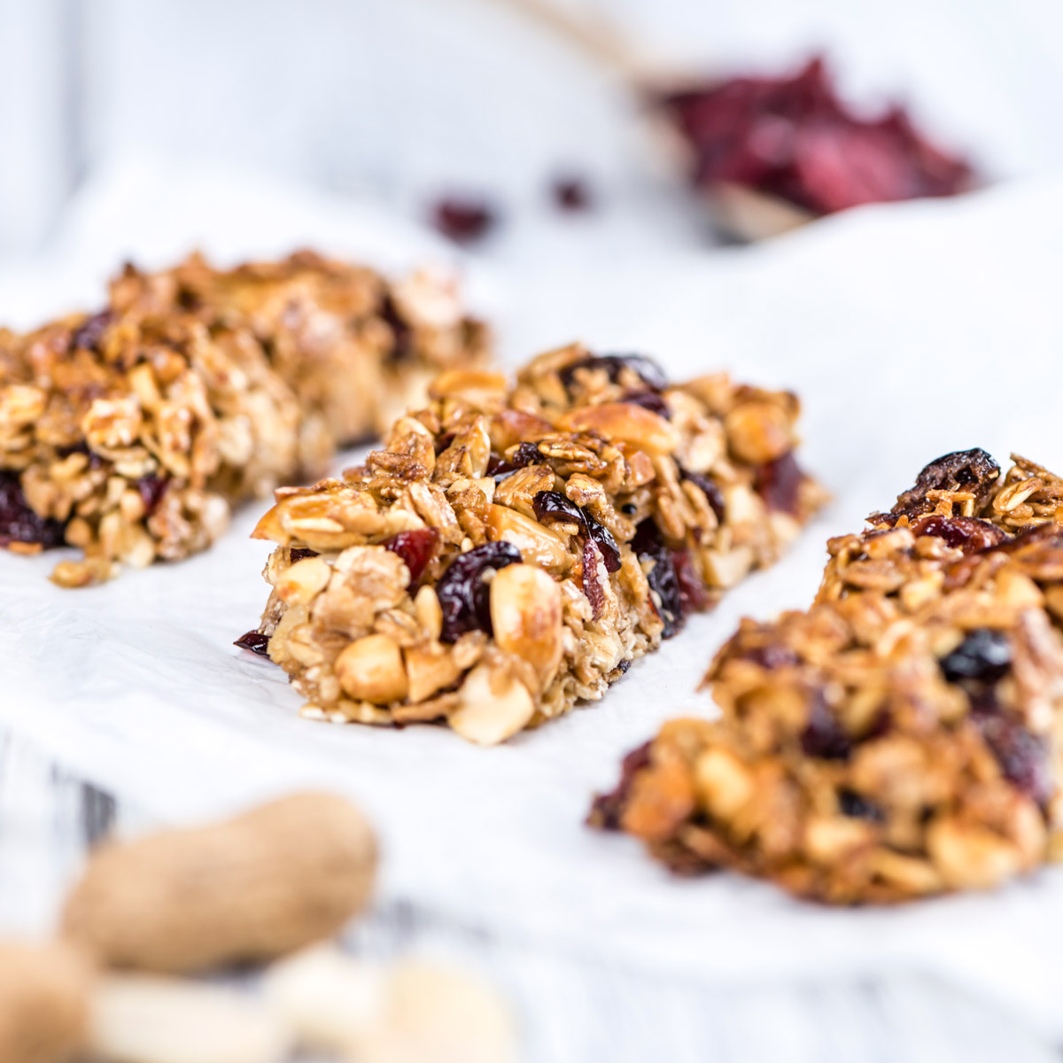 easy back-to-school snacks like granola bars